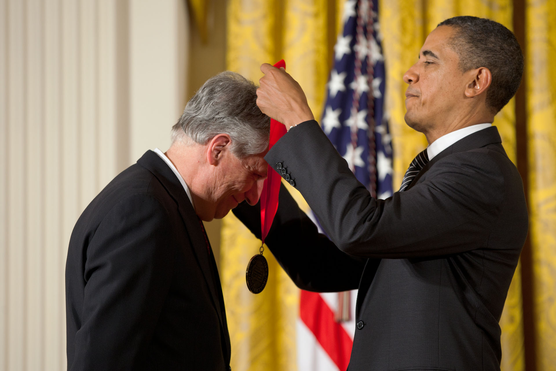 President Barack Obama awards Robert Darnton a 2011 National Humanities Medal