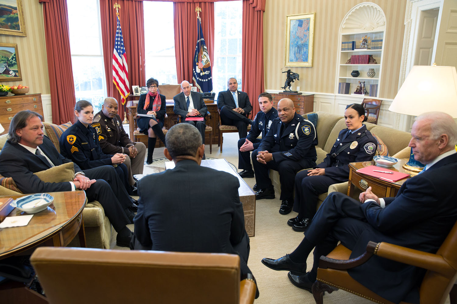 President Obama and Vice President Biden meet with rank-and-file law enforcement officials