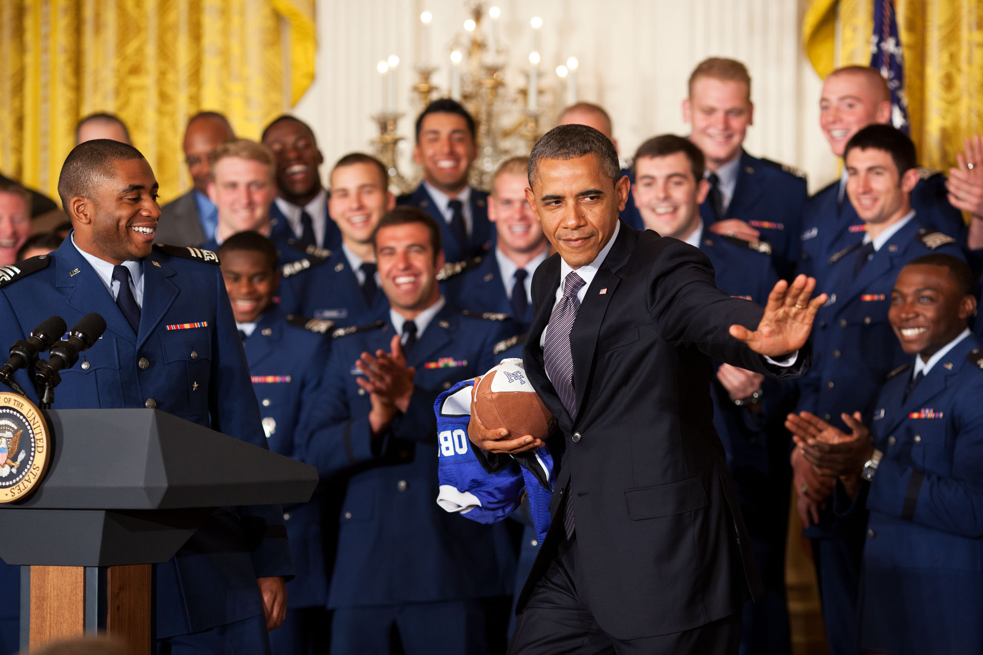 President Obama Strikes the Heisman