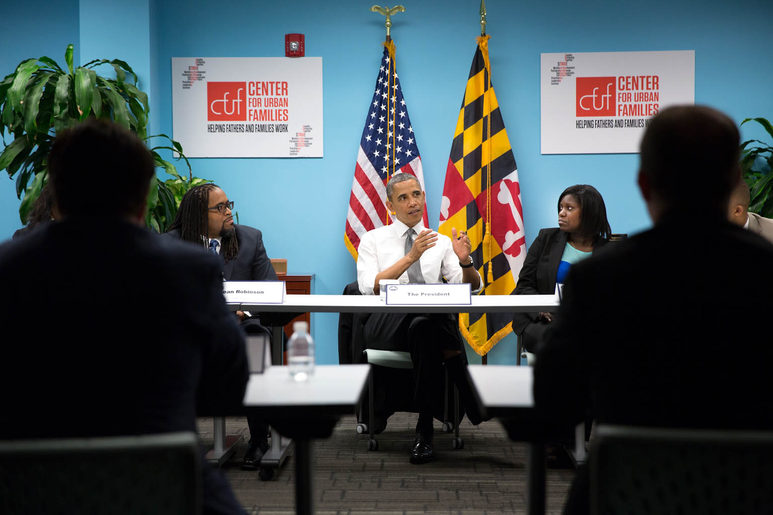 President Barack Obama participates in a roundtable at the Center for Urban Families