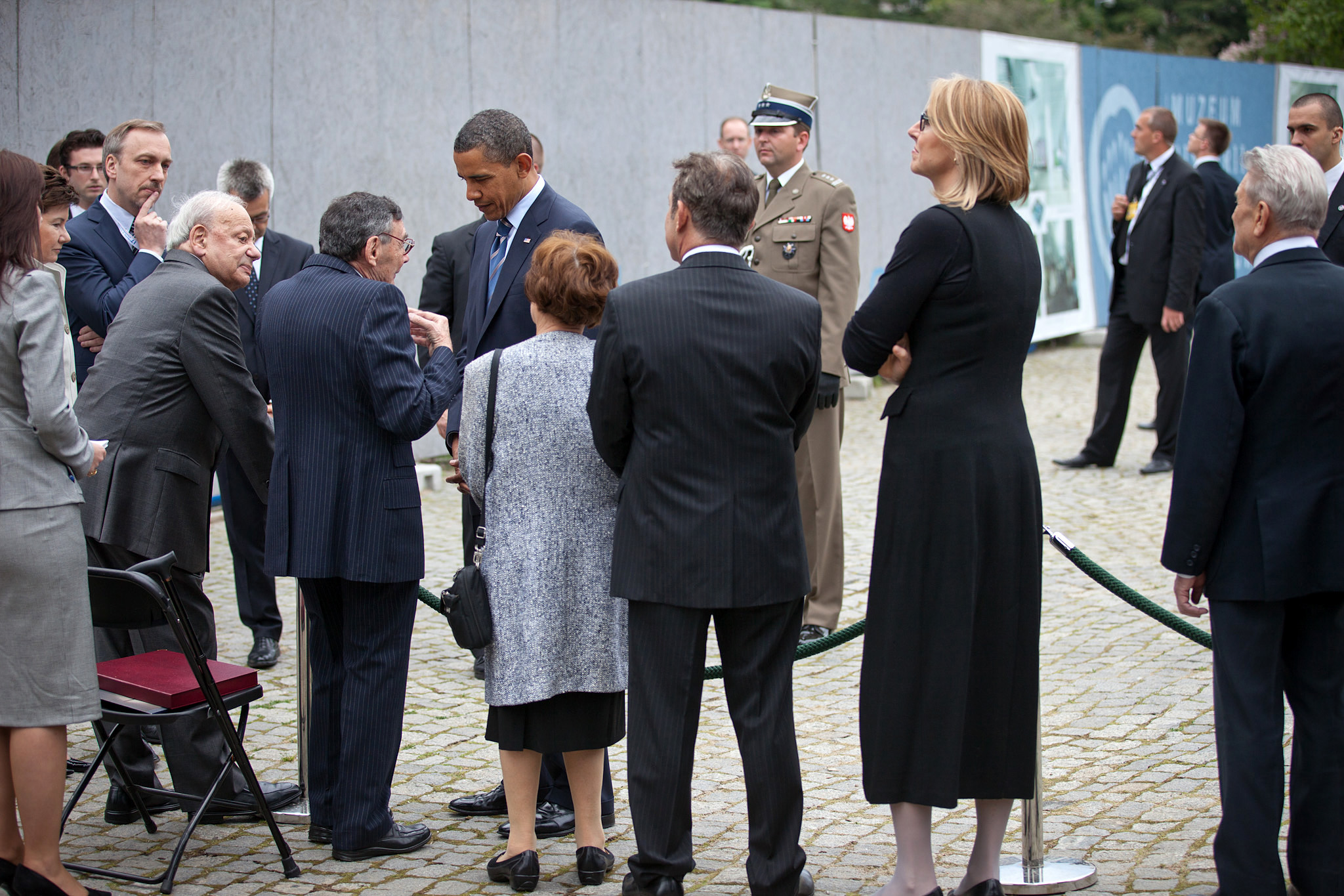 President Barack Obama visits with Jewish community leaders