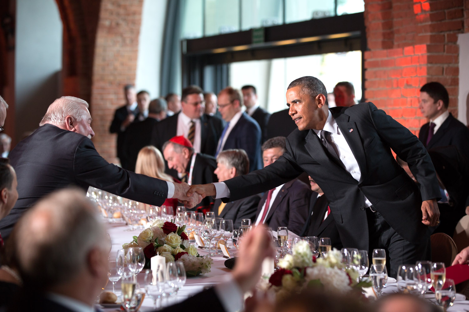 President Barack Obama attends an official Solidarity Dinner hosted by President Bronislaw Komorowski of Poland