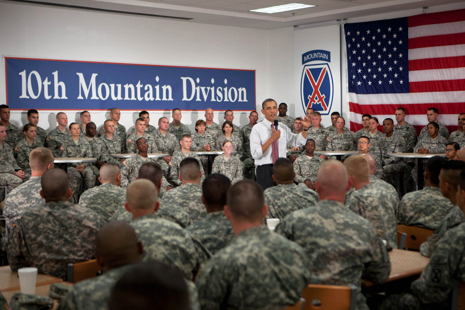 President Barack Obama speaks to soldiers of the 10th Mountain Division