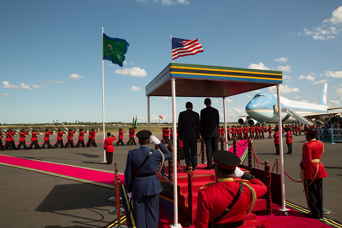 President Barack Obama and President Jakaya Kikwete of Tanzania watch as an honor guard passes during the arrival ceremony