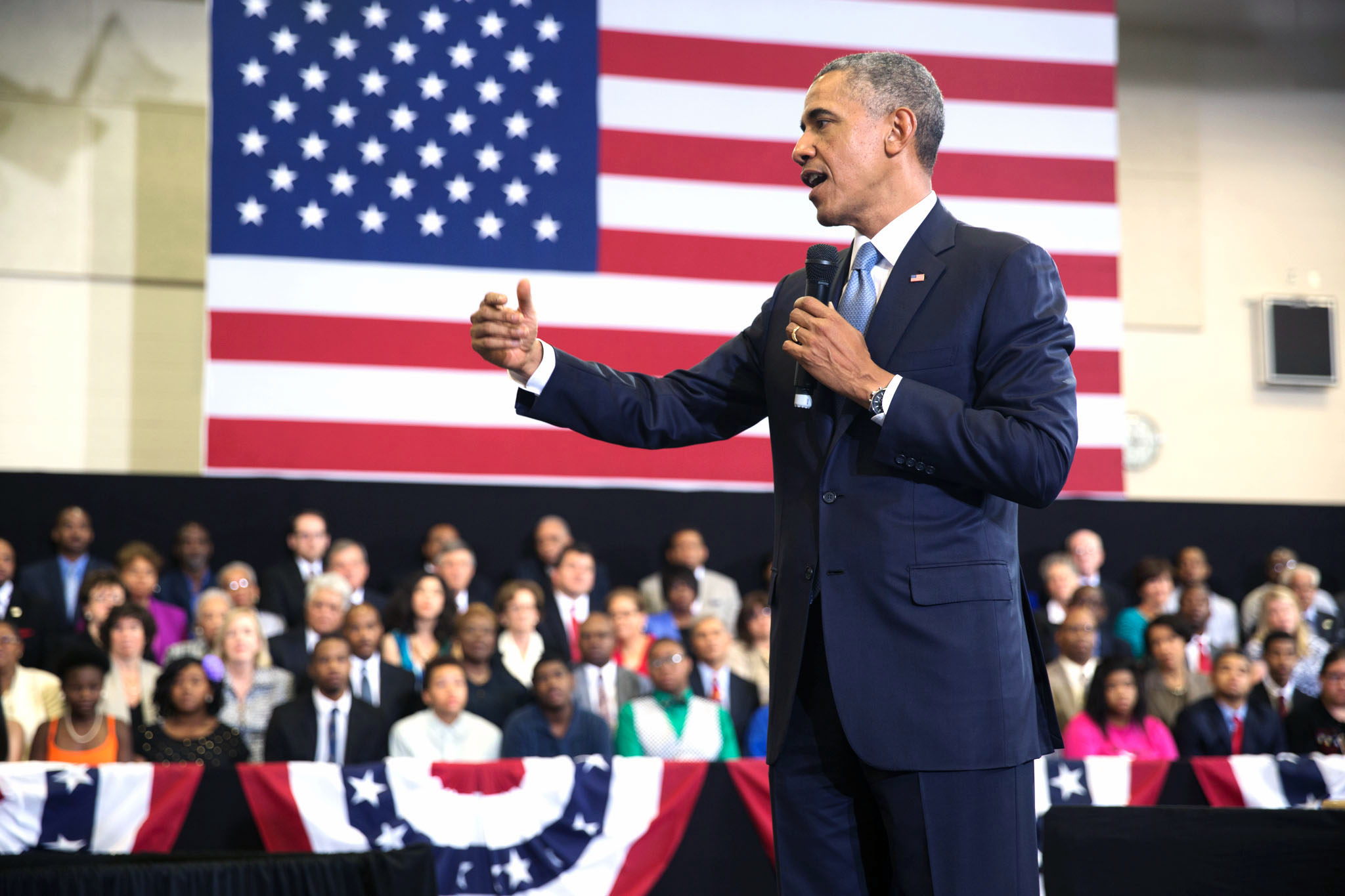 President Obama answers students' questions at a