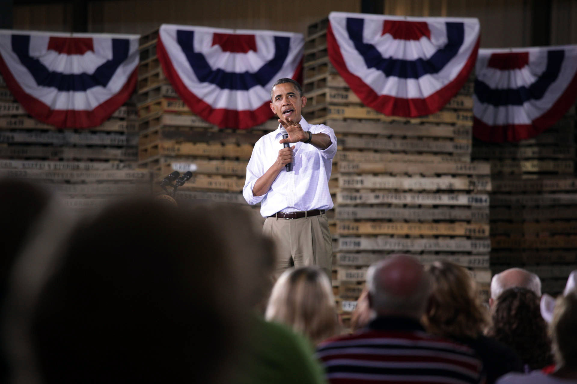 President Barack Obama holds a town hall meeting in Atkinson, Ill.