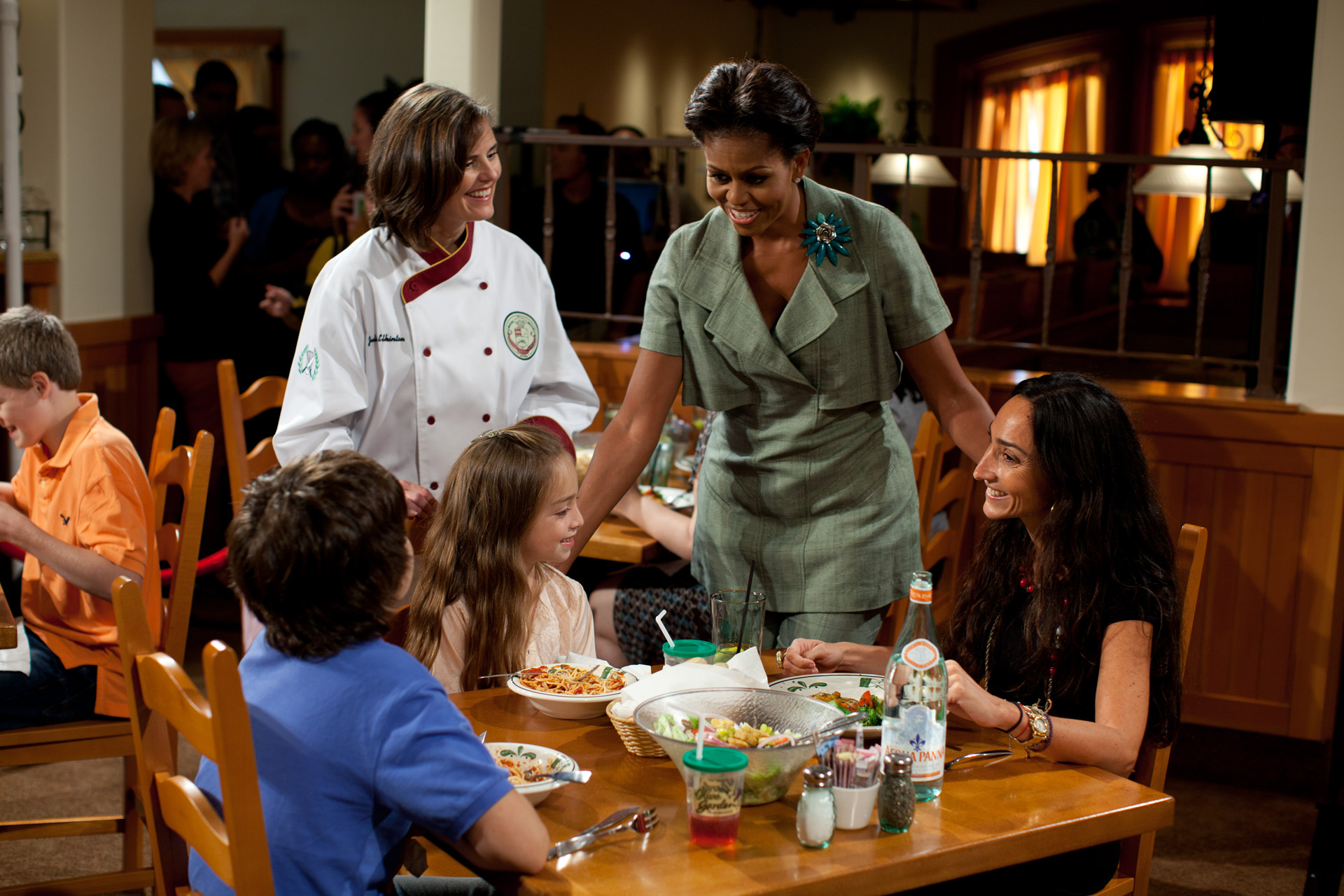 first lady michelle obama greets attendees at an olive garden - Olive Garden Toledo