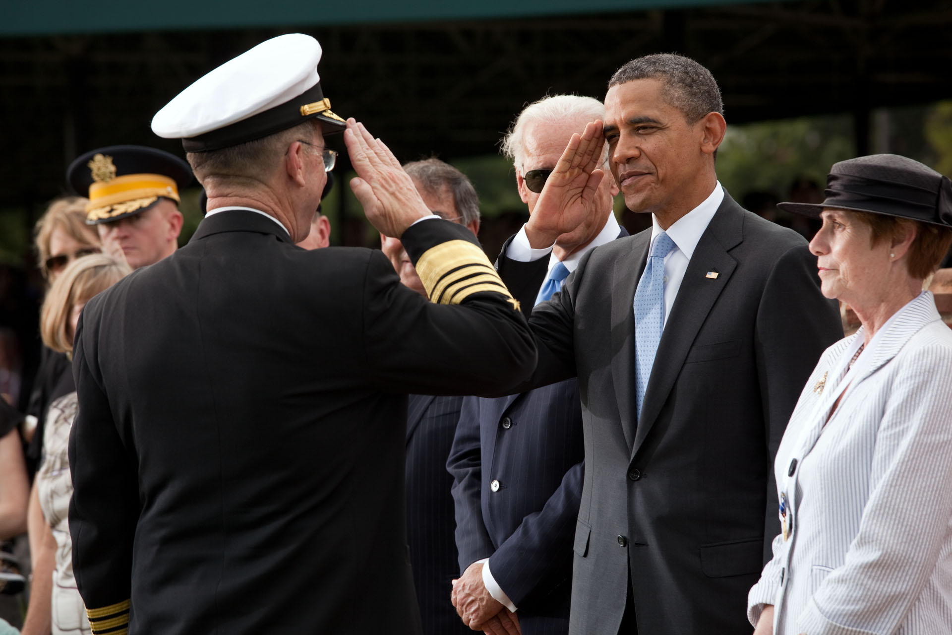 President Barack Obama salutes Chairman of the Joint Chiefs of Staff Admiral Mike Mullen