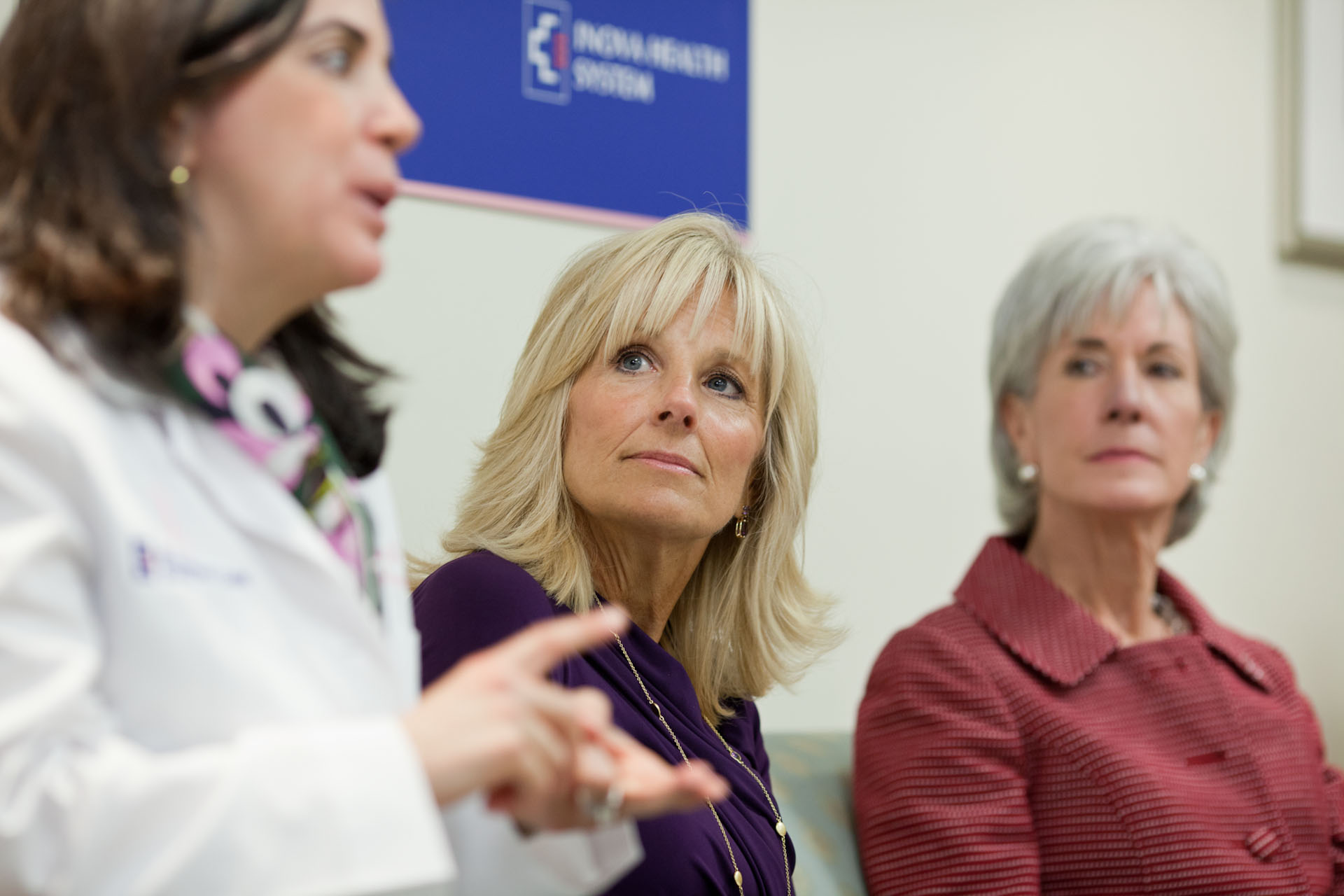 Dr. Jill Biden Secretary of Health and Human Services Kathleen Sebelius  at the Inova Breast Care Center