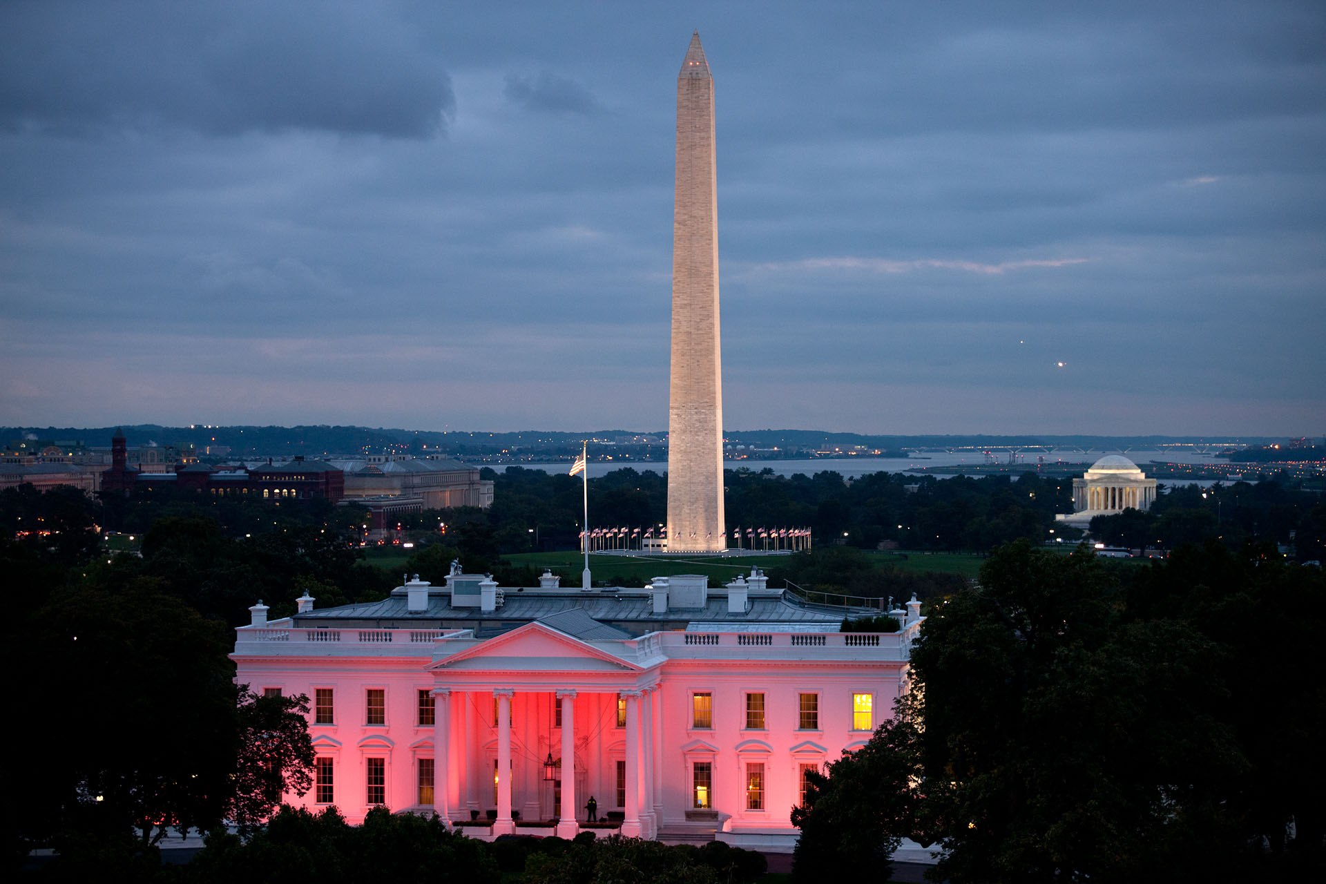 White House Is Pink