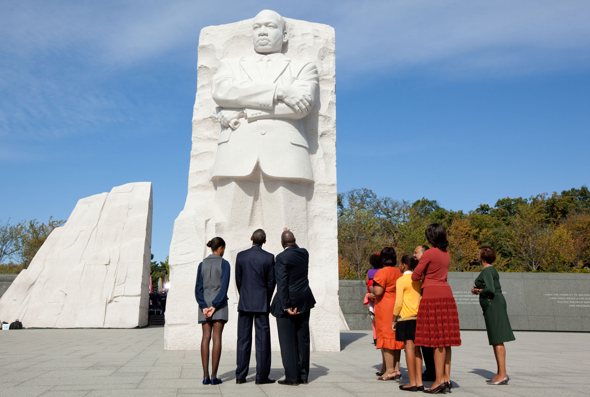 President Obama and the First Family tour the Martin Luther King Jr. National Memorial