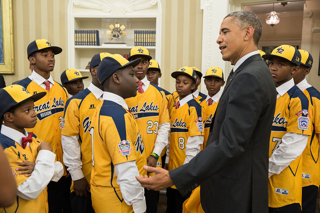 President Barack Obama welcomes the Jackie Robinson West All Stars to the Oval Office