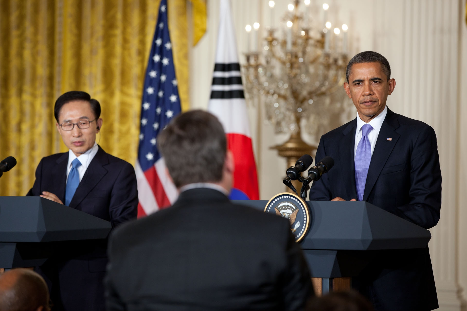 President Lee of South Korea and President Obama Hold Joint Press Conference