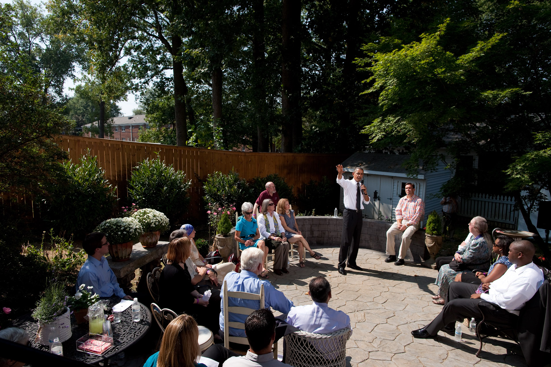 President Barack Obama delivers remarks on health care reform at the Brayshaw residence in Falls Church, Va.