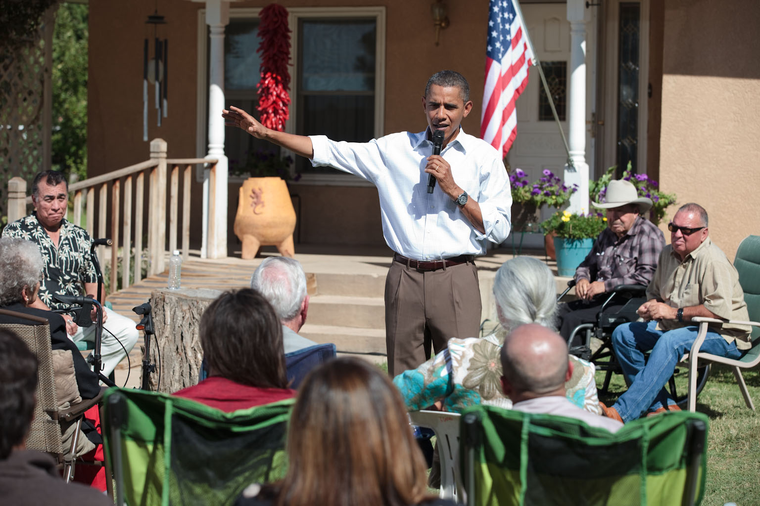 President Barack Obama Holds a Discussion on the Economy with Area Families in Albuquerque, New Mexico