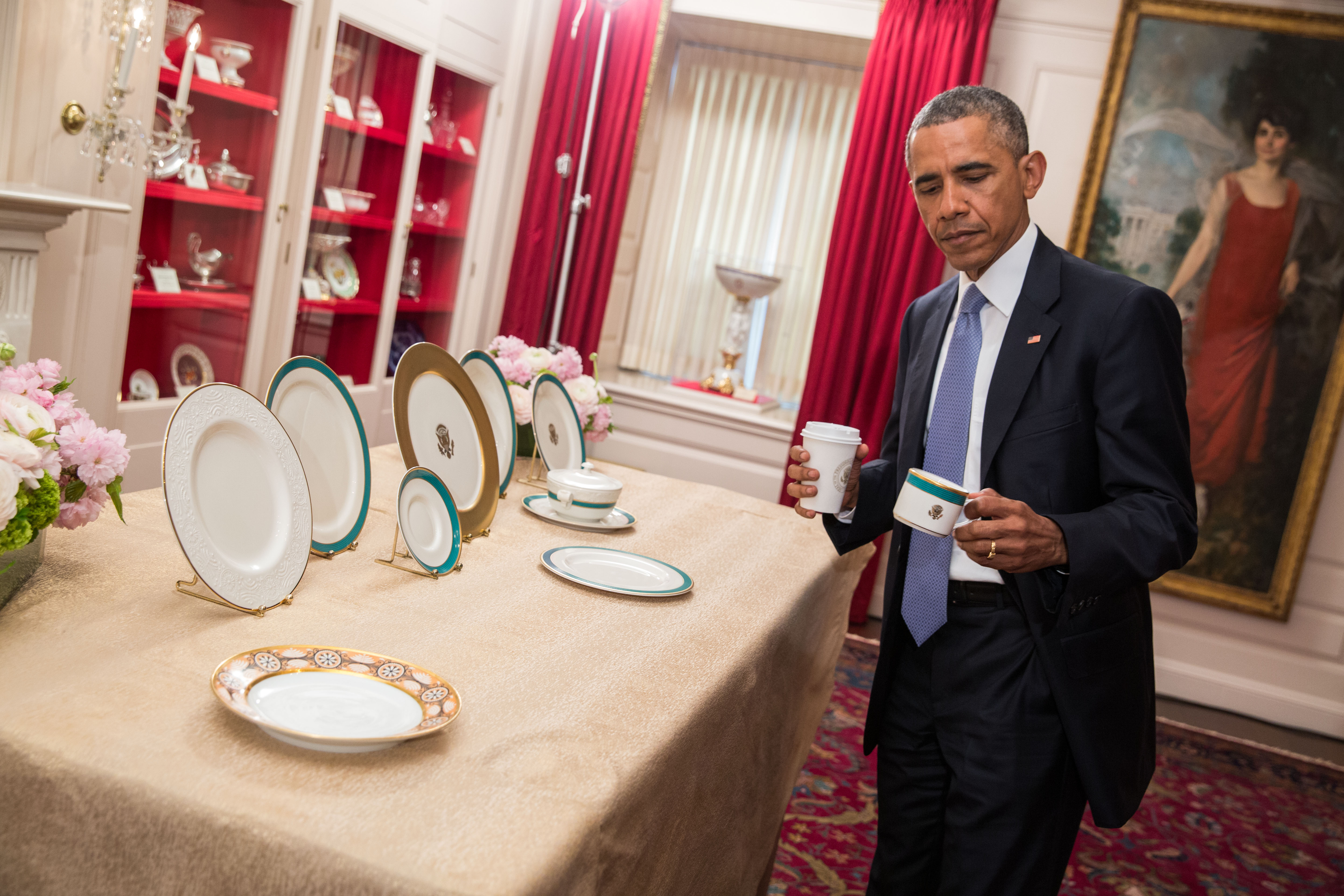 President Obama previews the china patterns  sc 1 st  Obama White House & See the New