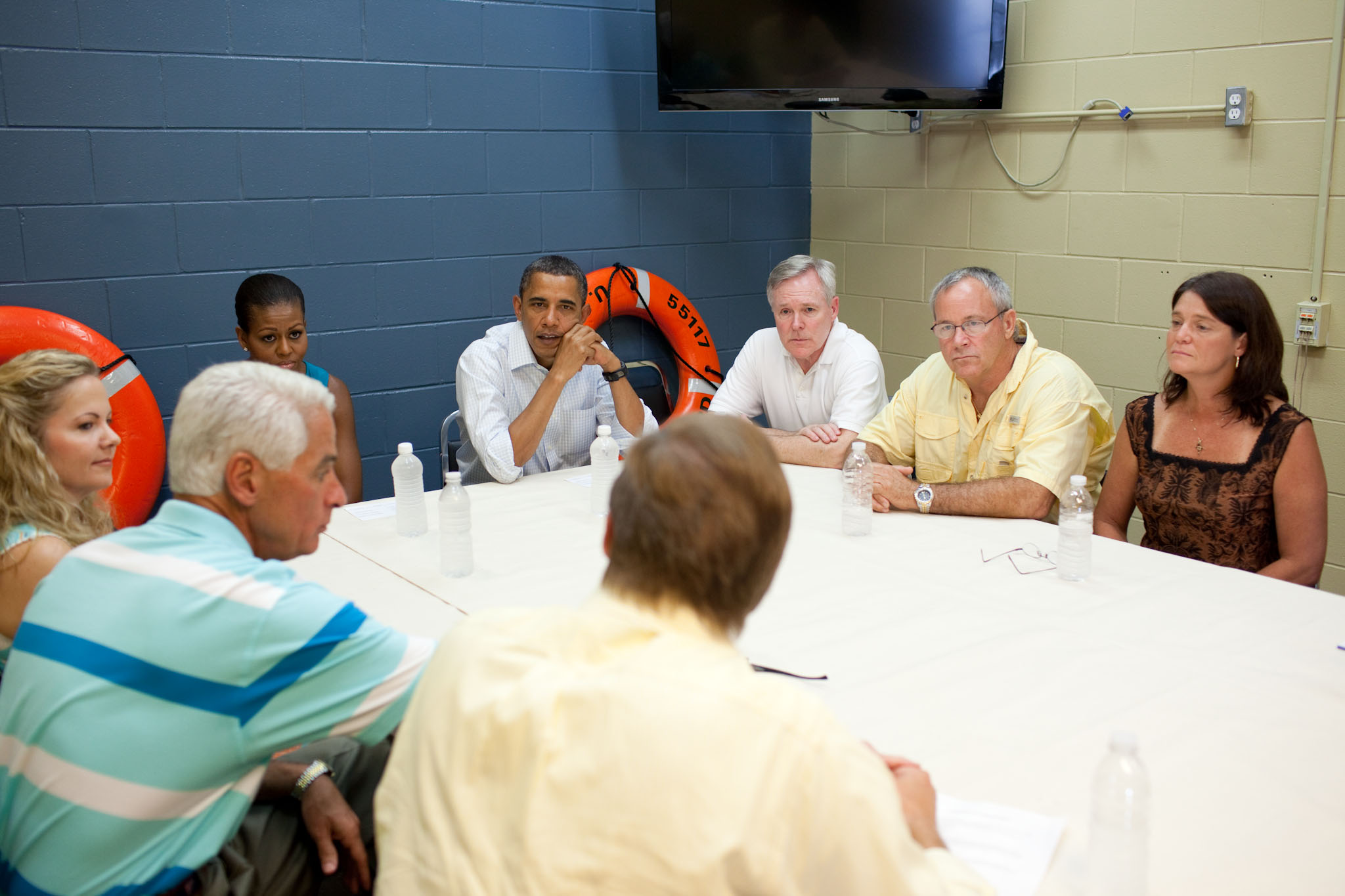 The President and the First Lady participate in a roundtable discussion in Florida