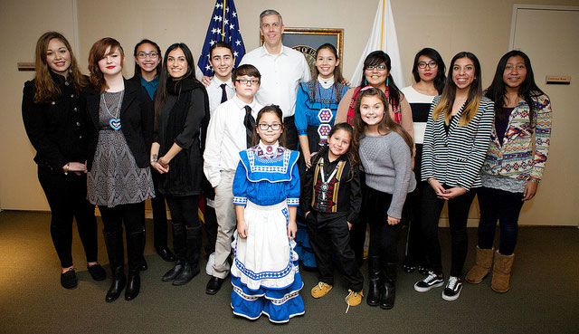 Secretary Duncan with students