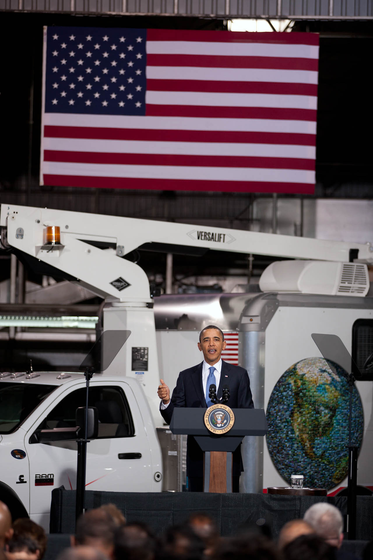 President Obama at UPS on Green Fleets