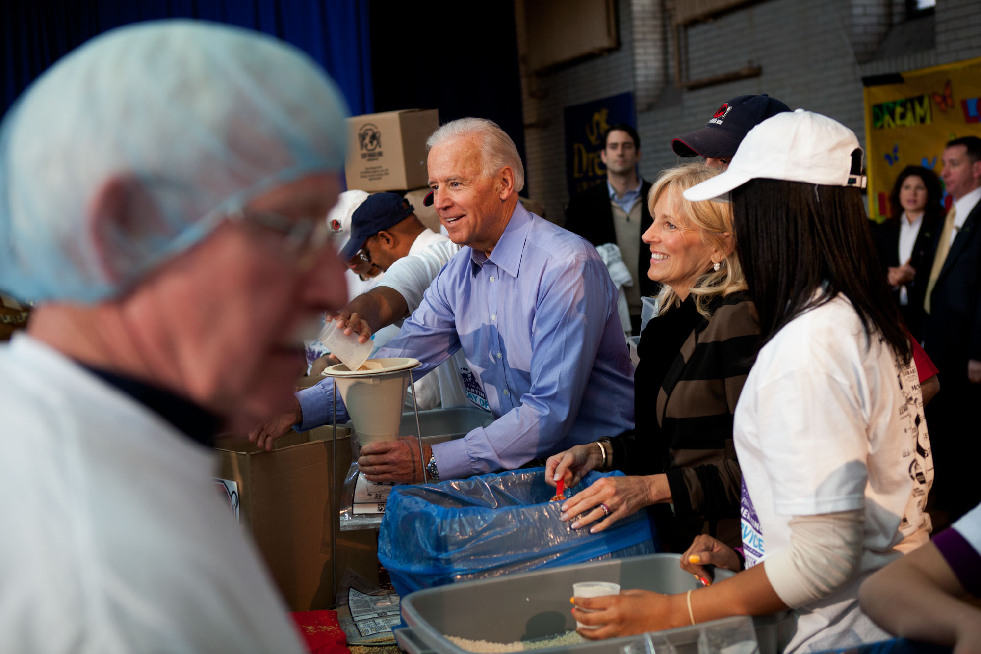Vice President Biden and Dr. Jill Biden participate in MLK Day service event