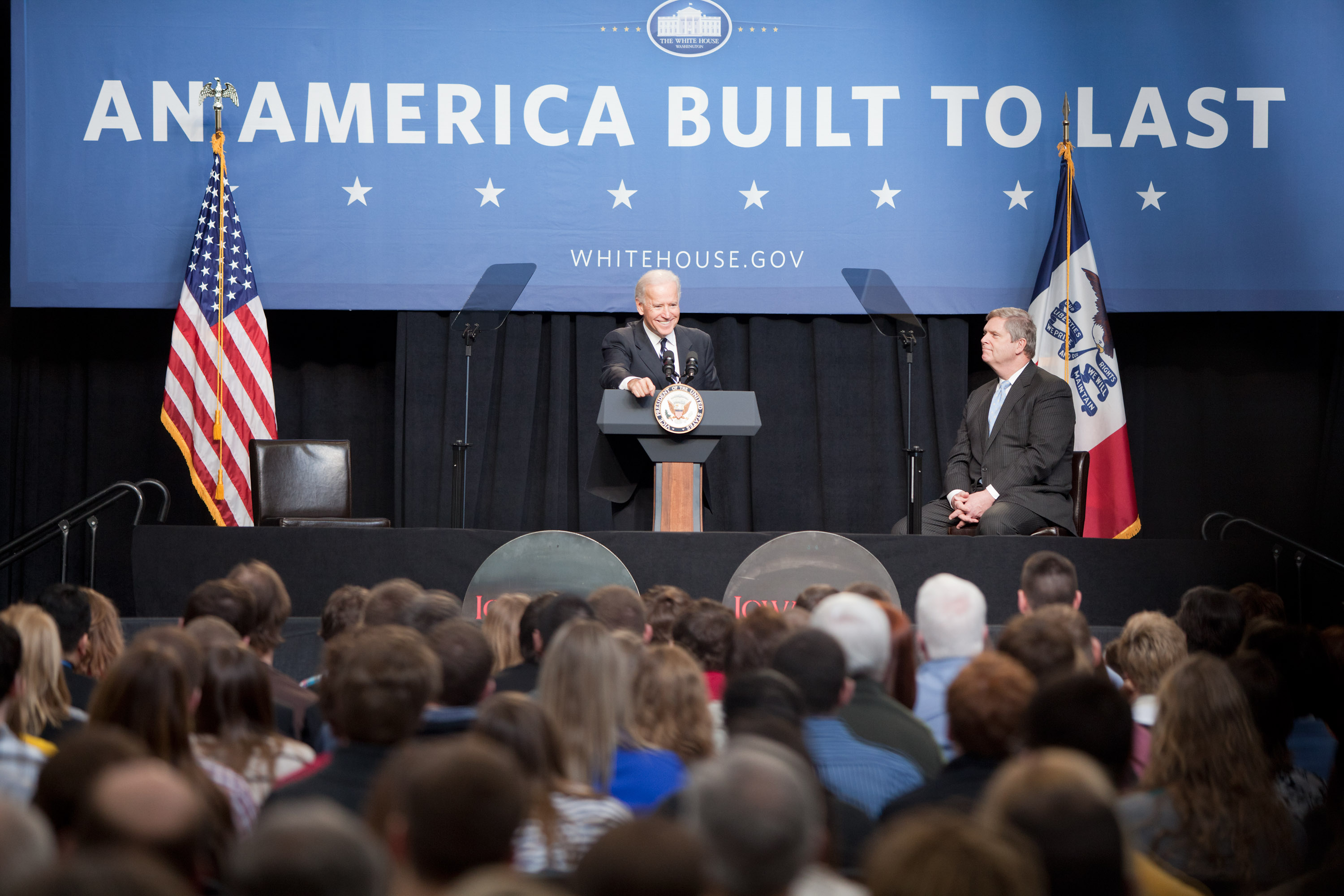Vice President Joe Biden and Secretary of Agriculture Tom Vilsack at Iowa State University