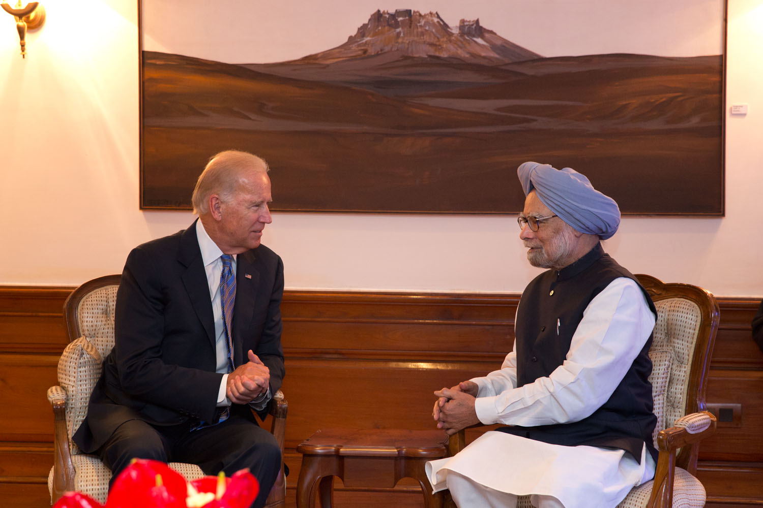 Vice President Joe Biden meets with Indian Prime Minister Dr. Manmohan Singh