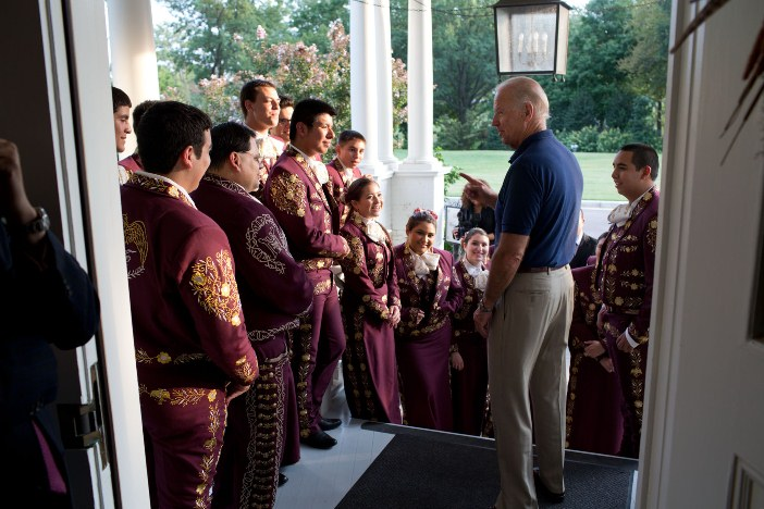 Vice President Joe Biden talks to Mariachi Halcon on the front porch of the Naval Observatory Residence