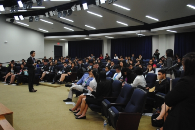 Audience members talk with Jason Tengco during the White House AAPI Youth Forum with the East Coast Asian American Student Union, May 31, 2013.