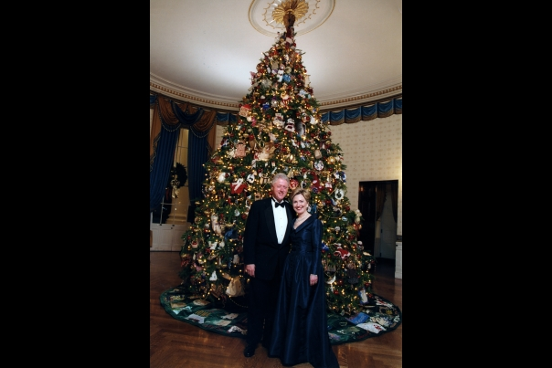Christmas Blue Room: Clinton's 2000