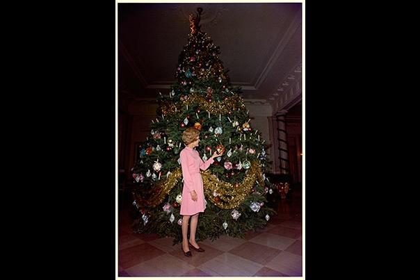 Holidays Nixon 1