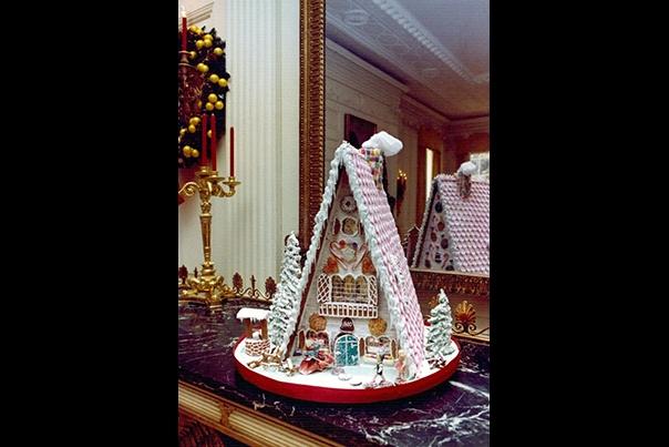 Holidays Nixon 7