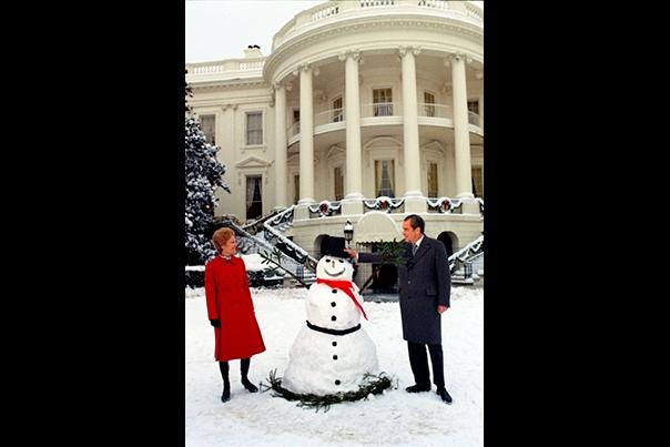 Holidays Nixon 17