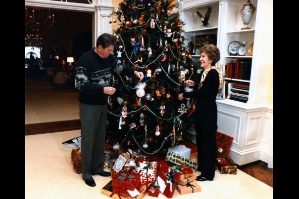 Christmas First Family: Reagan 1983
