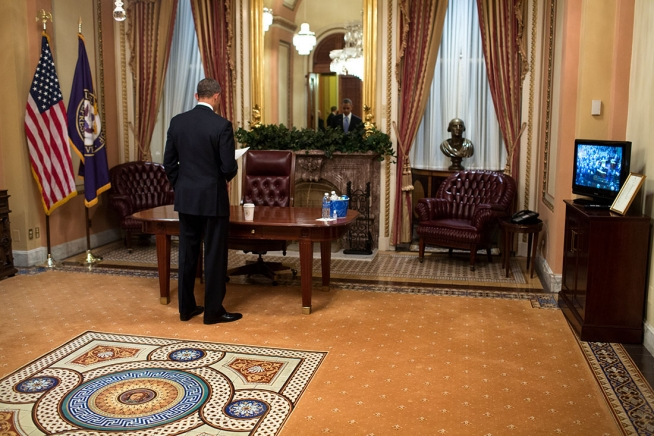 President Barack Reviews His Sch One Last Time While Waiting In A Room At The U S Capitol Prior To Delivering State Of Union Address
