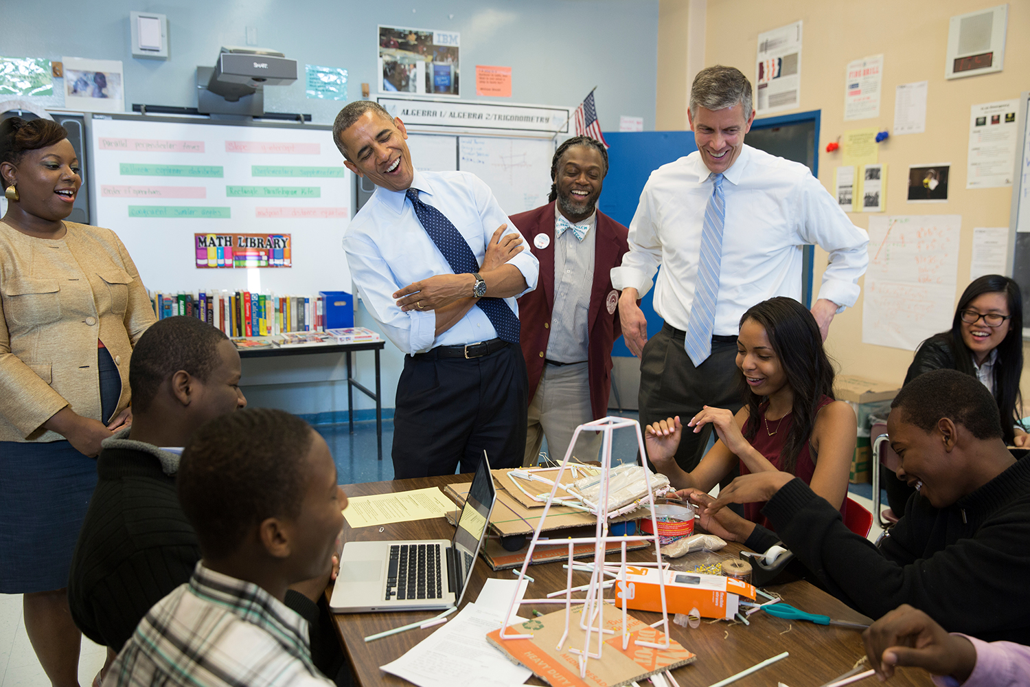 Photo: President Barack Obama and Education Secretary Arne Duncan visit a classroom