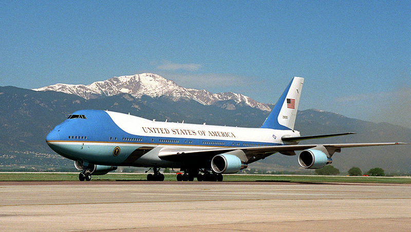 air force 1 cost to fly