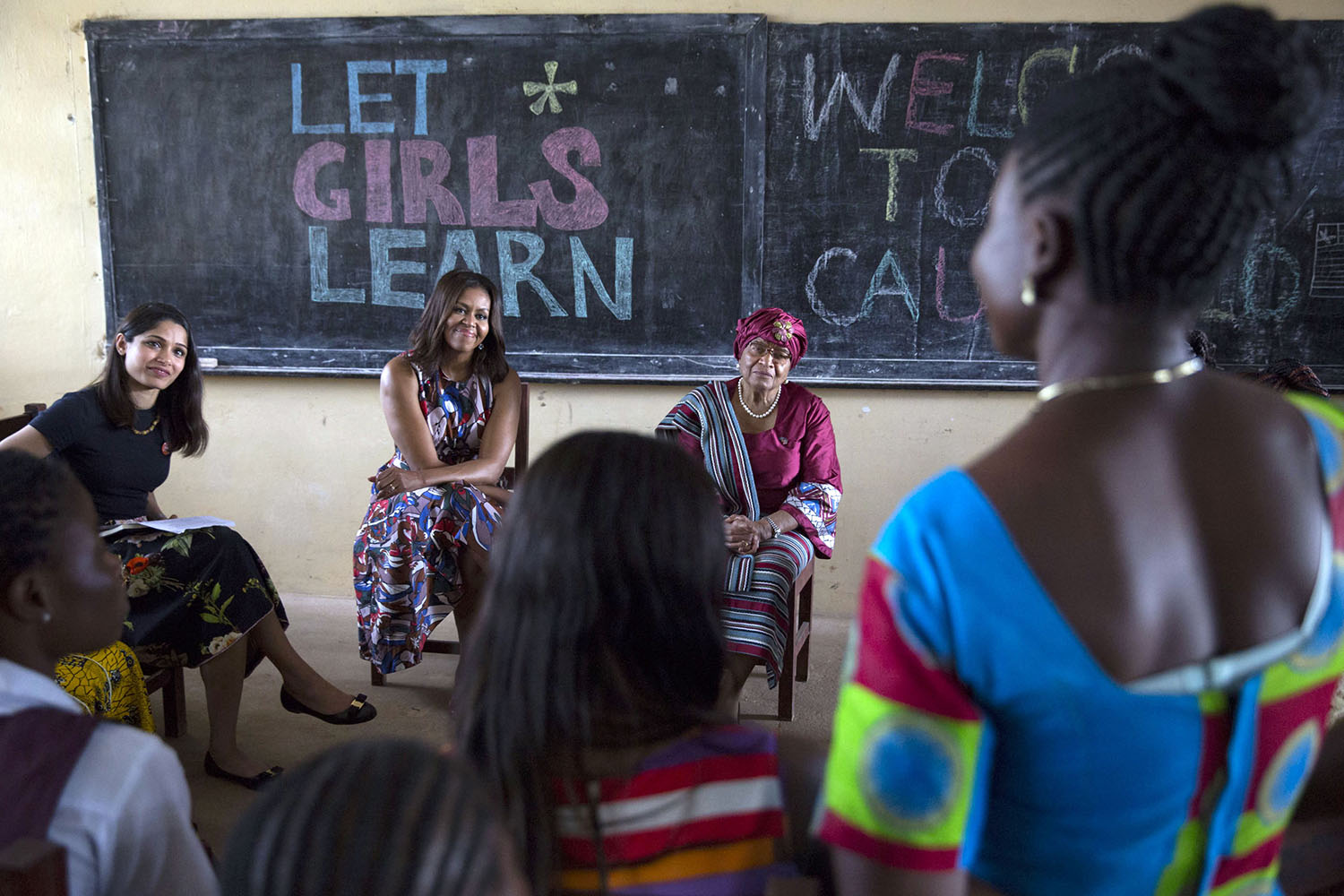 First Lady Michelle Obama participates in a roundtable discussion with Freida Pinto and students
