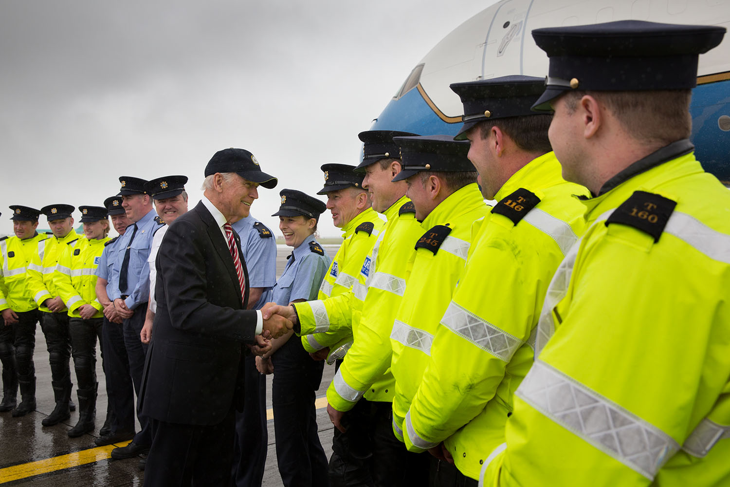 Vice President Joe Biden shakes hands with local law enforcement before boarding Air Force Two, at Dublin International Airport, in Dublin, Ireland, June 26, 2016. (Official White House Photo by David Lienemann)