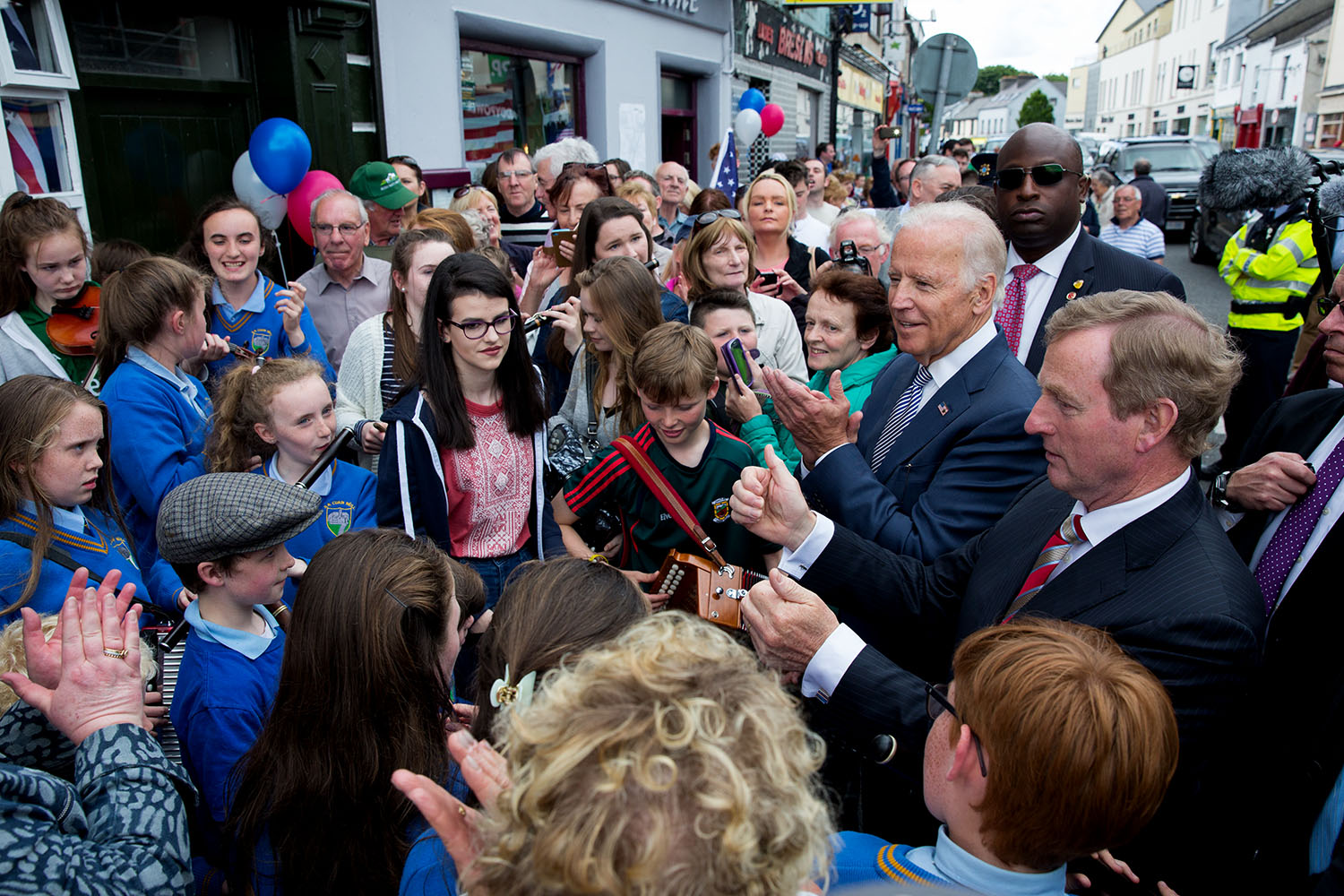 Vice President Joe Biden and Taoiseach Enda Kenny shake hands with people in Ballina, Ireland, June 22, 2016. (Official White House Photo by David Lienemann)