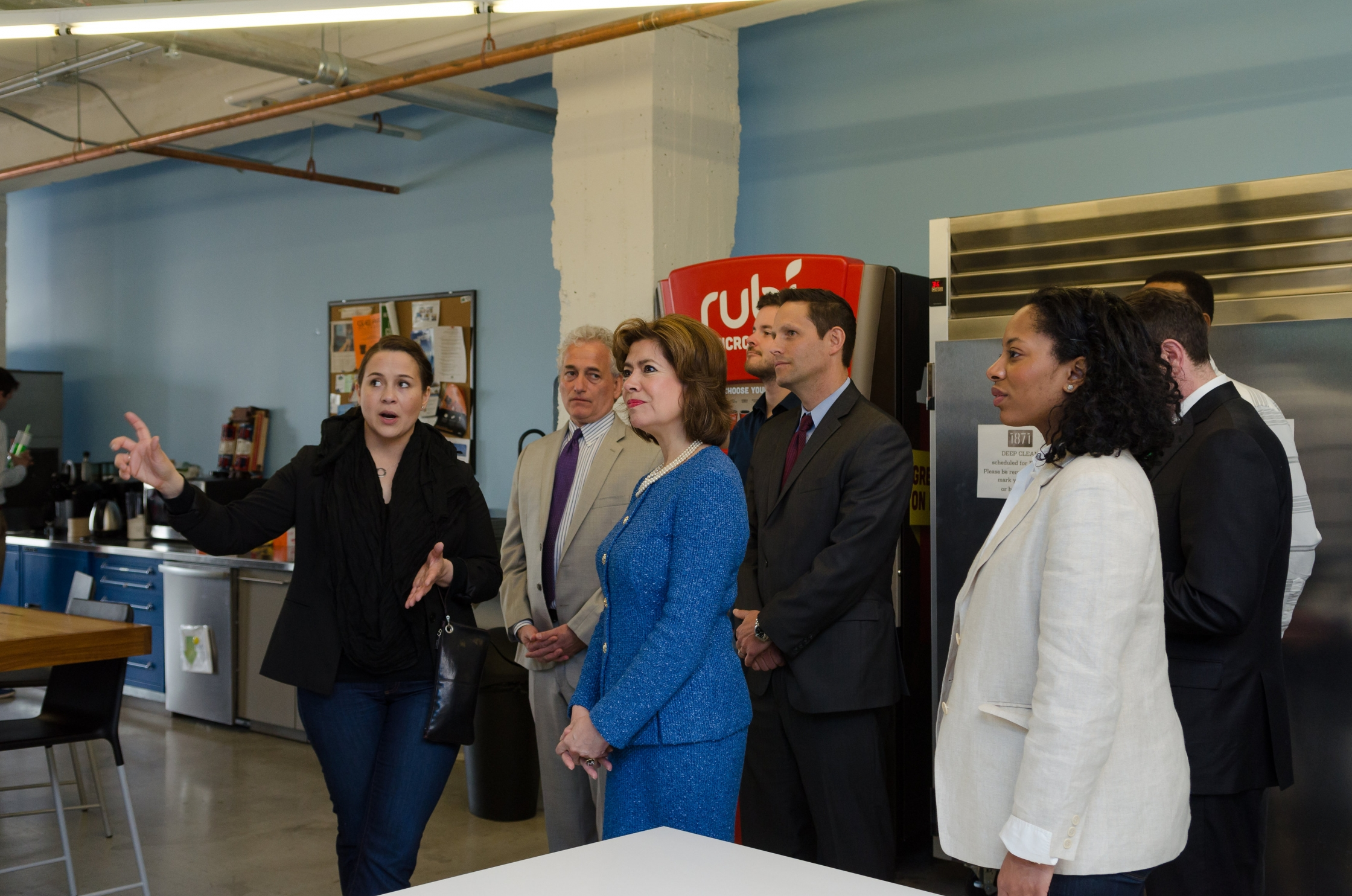 "MCS Entrepreneurs: ""SBA Administrator Maria Contreras-Sweet with entrepreneurs in April 2015 in Chicago, a Startup in a Day city. (Photo Credit: SBA)"""