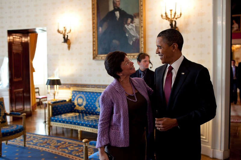 Senior Advisor Valerie Jarrett and President Barack Obama