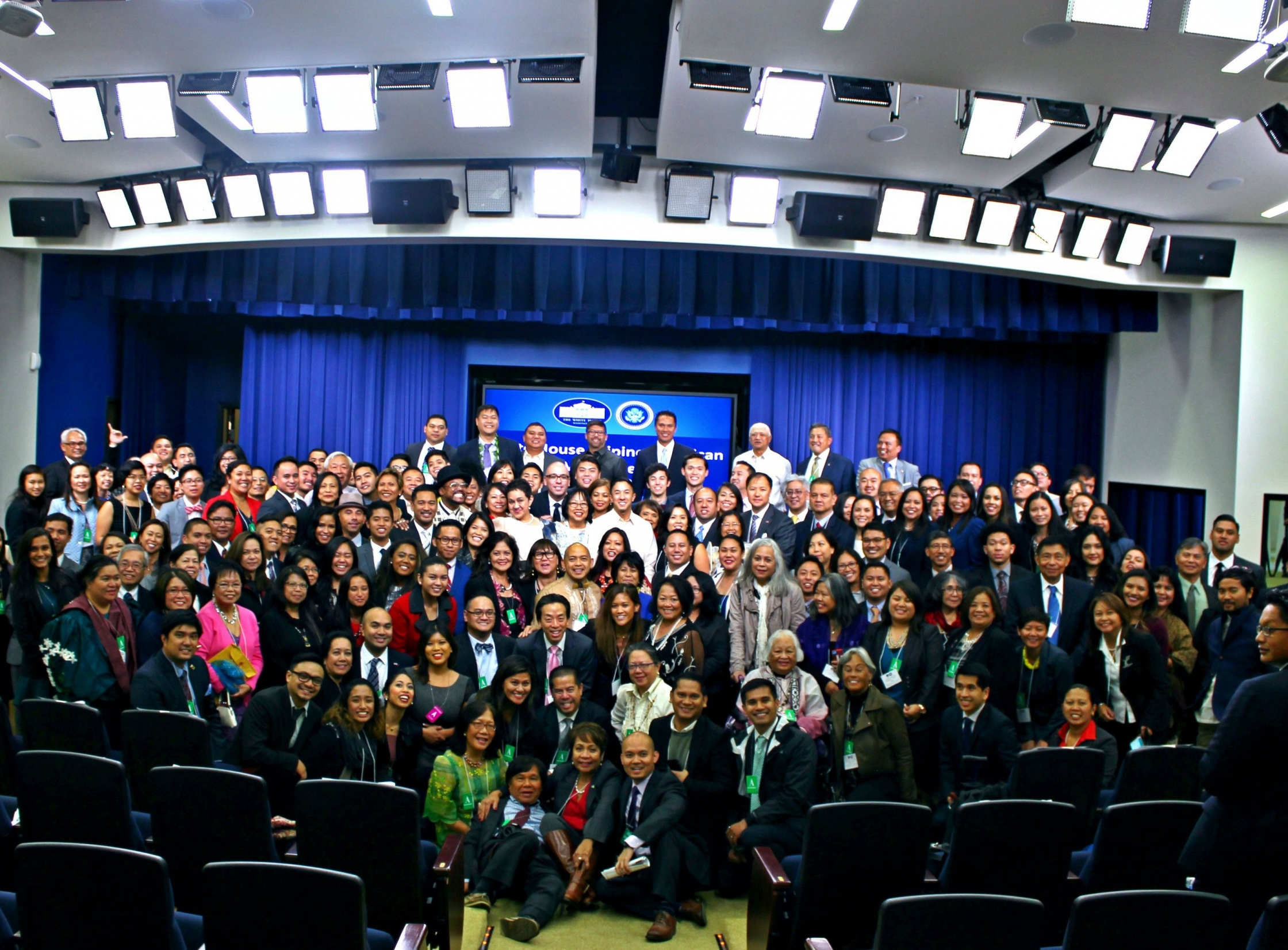 175 Filipino American leaders from across the country gathered for the first-ever White House Celebration of Filipino American History Month, October 2, 2015.  Photo by Bessie Chan, White House Initiative on Asian Americans and Pacific Islanders.