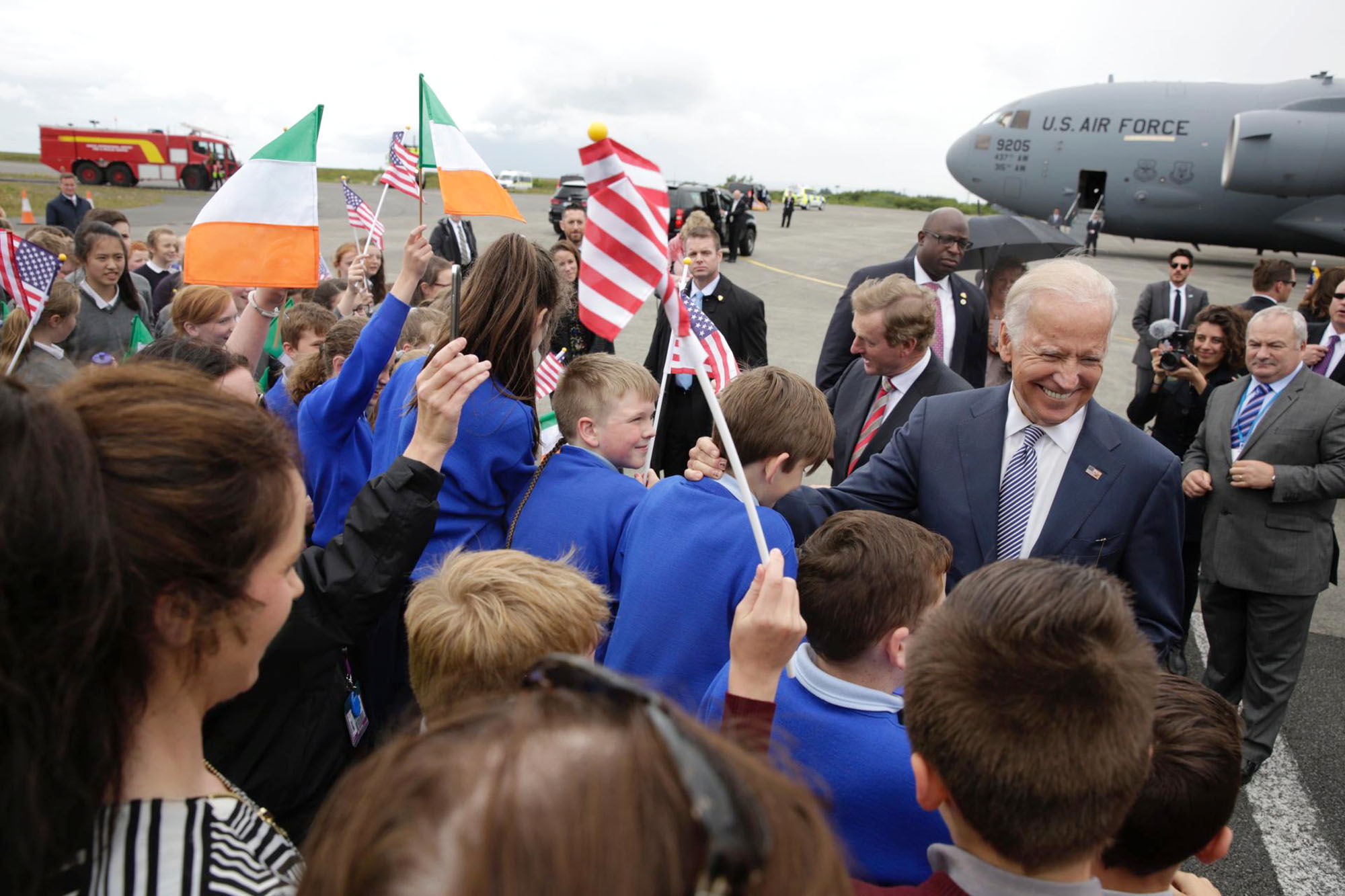 Vice President Joe Biden greets local students with Taoiseach Enda Kenny upon arrival at Ireland West Airport Knock in Charlestown, County Mayo, Ireland, June 22, 2016. (Official White House Photo by David Lienemann)